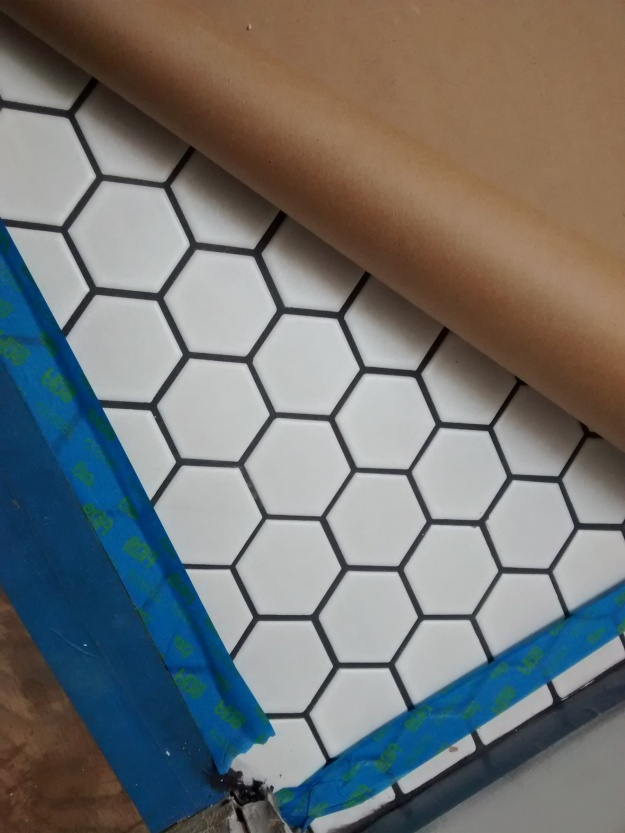 white-tile-and-grout-charcoal-grout