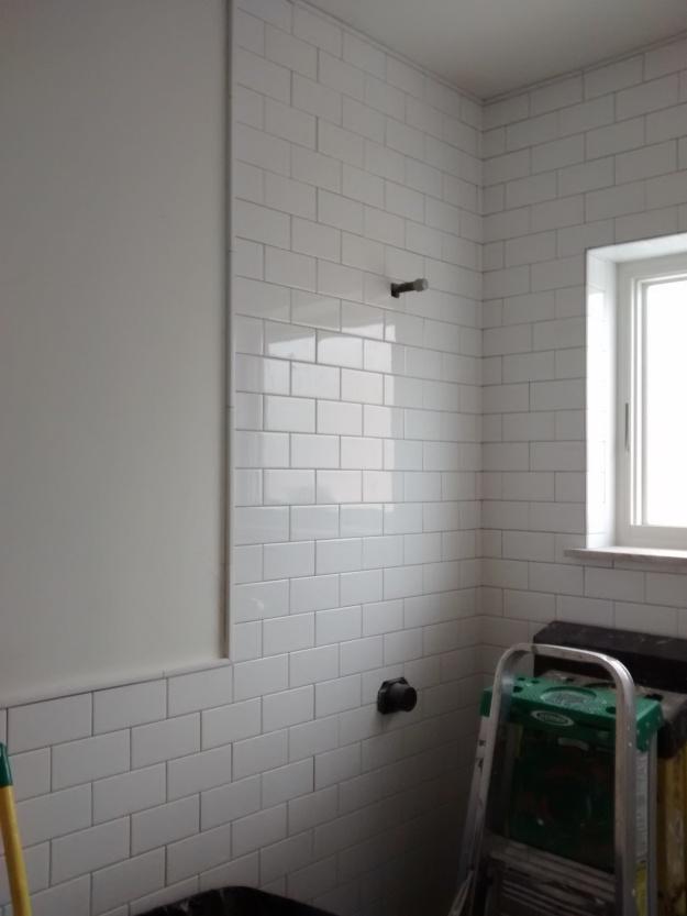 white-subway-tile-shower