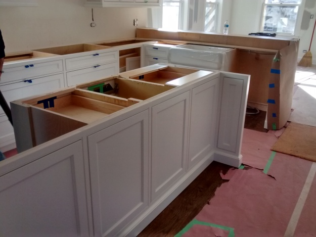 Benjamin Moore Simply White Kitchen Island Design