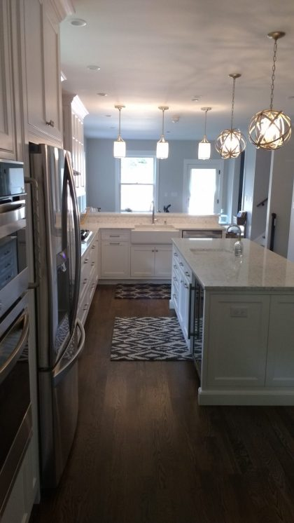 Benjamin Moore Simply White OC-117 Kitchen Cabinets
